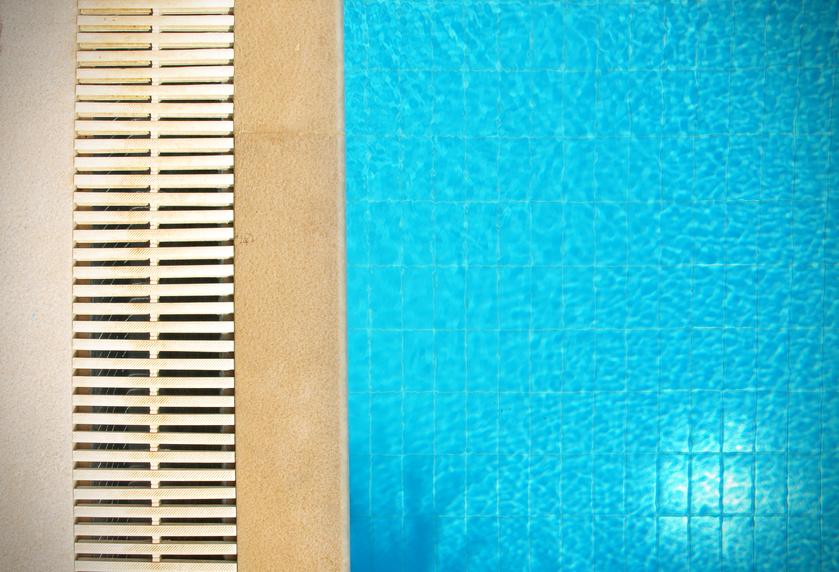 Mod le de piscine for Piscine miroir fonctionnement