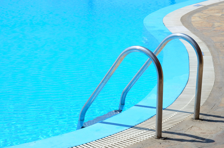 Mod le de piscine for Piscine fond miroir